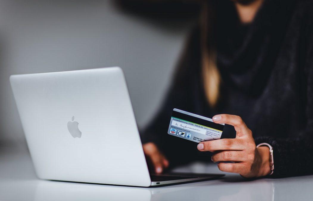 ¿Cómo comprar seguro a través de Internet?
